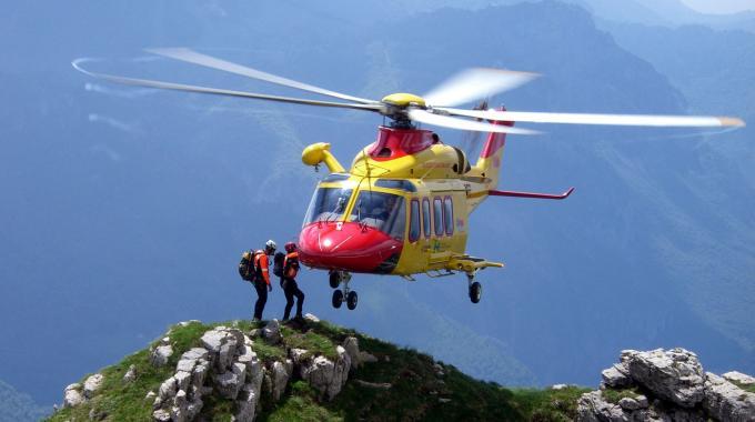 Elicottero Soccorso Alpino : Le spese dei soci per il soccorso alpino cai conegliano